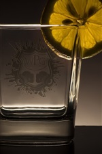 Preview iPhone wallpaper Glass cup, lemon slice