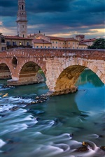 Preview iPhone wallpaper Italy, Verona, river, bridge, houses, clouds, dusk