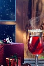 Frohe Weihnachten, Geschenke, Wein, Bälle, Fenster