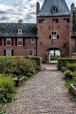 Preview iPhone wallpaper Netherlands, Castle Doorwerth, bushes, flowers, path