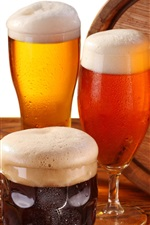 Beer, glass cups, foam, barrel