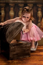 Preview iPhone wallpaper Cute little girl play box, child