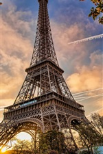 Preview iPhone wallpaper France, Paris, Eiffel Tower, cityscape, flowers blossom, spring, dusk