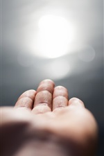 Preview iPhone wallpaper Hand, light, glare