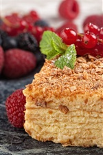 Preview iPhone wallpaper Napoleon cake, berries