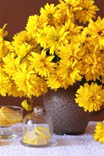 iPhone壁紙のプレビュー 黄色のルドベッカ花、花瓶、カップ