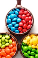 iPhone обои Красочные конфеты, три чашки