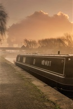 Preview iPhone wallpaper England, river, boat, morning, fog