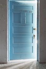 Preview iPhone wallpaper Room, blue door, light