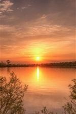 iPhone обои Закат, озеро, деревья, кусты