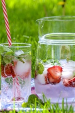 Preview iPhone wallpaper Lemonade, strawberry, drinks, ice, glass cups, green grass