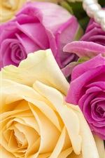 Preview iPhone wallpaper Pink and yellow roses, jewel