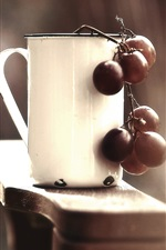 Preview iPhone wallpaper White cup, grapes