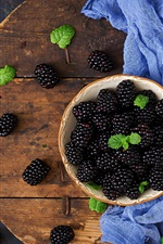 Preview iPhone wallpaper Blackberries, cloth