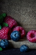 Preview iPhone wallpaper Blueberry, raspberry, berries