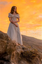 Menina, pôr do sol, mar, esperando