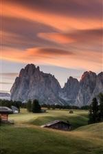 Alpe di Siusi, Itália, casas, montanhas, árvores