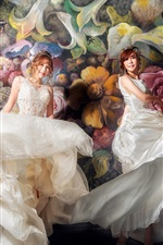 Preview iPhone wallpaper Beautiful two Asian girls, bride, painting wall