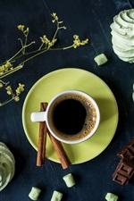 Café, bolos, flores, chocolate