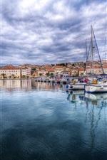 Croácia, marina, baía, barcos, nuvens