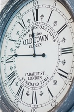 Preview iPhone wallpaper Old Town Clock, wall