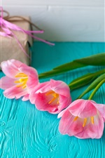 Preview iPhone wallpaper Pink tulips, table, gift