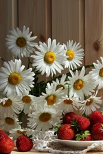 Preview iPhone wallpaper White chamomile, strawberry, cup, tablecloth