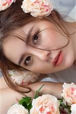 Preview iPhone wallpaper Asian girl, bride, roses
