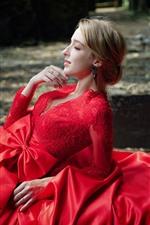 iPhone обои Красивая красная юбка девушка, блондинка