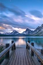 Canada, Bow Lake, pier