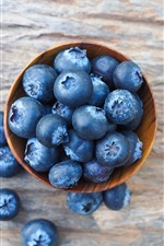 Preview iPhone wallpaper Many blueberries, bowl