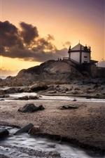 Vorschau des iPhone Hintergrundbilder Portugal, Strand, Meer, Steine, Haus, Wolken, Sonnenuntergang