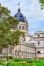 Preview iPhone wallpaper Australia, Melbourne, Royal Exhibition Building, museum, trees, flowers