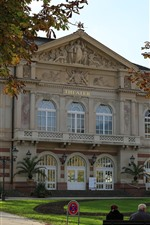 Preview iPhone wallpaper Baden-Baden, Germany, city, theater, trees, autumn