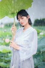 Preview iPhone wallpaper Beautiful Chinese girl, retro style, lotus, raining