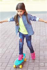 Preview iPhone wallpaper Cute little girl use skateboard