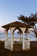 iPhone fondos de pantalla Gazebo, árbol, mar