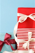 Preview iPhone wallpaper Gifts, box