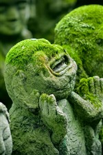 Preview iPhone wallpaper Japan, Kyoto, ancient statues, moss