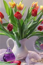 Preview iPhone wallpaper Red and orange tulips, vase, table