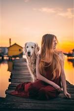 Sonnenuntergang, Brücke, Mädchen und Hund