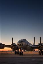 Preview iPhone wallpaper B-29 strategic bomber