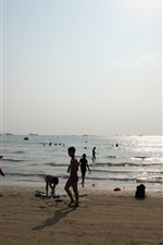 Preview iPhone wallpaper Beach, sea, water, people, Huizhou, China