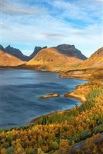 iPhone壁紙のプレビュー 美しい秋、木々、山々、海、青空