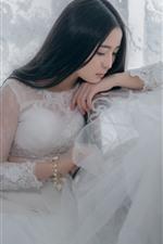 Chinese girl, bride, white skirt, long hair