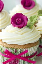 Preview iPhone wallpaper Cupcakes, cream, flowers
