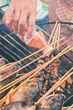 Preview iPhone wallpaper Grilled fish, barbecue