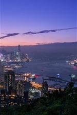 Hong kong, cidade, à noite, vista superior, mar, arranha-céus, luzes