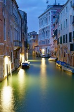 Preview iPhone wallpaper Italy, Venice, city, night, river, houses, lights