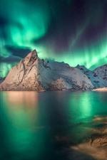 iPhone обои Красивое северное сияние, горы, море, ночь, Исландия
